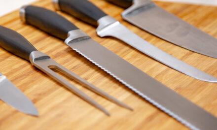 Jak wybrać dobry zestaw noży? 5 marek godnych polecenia