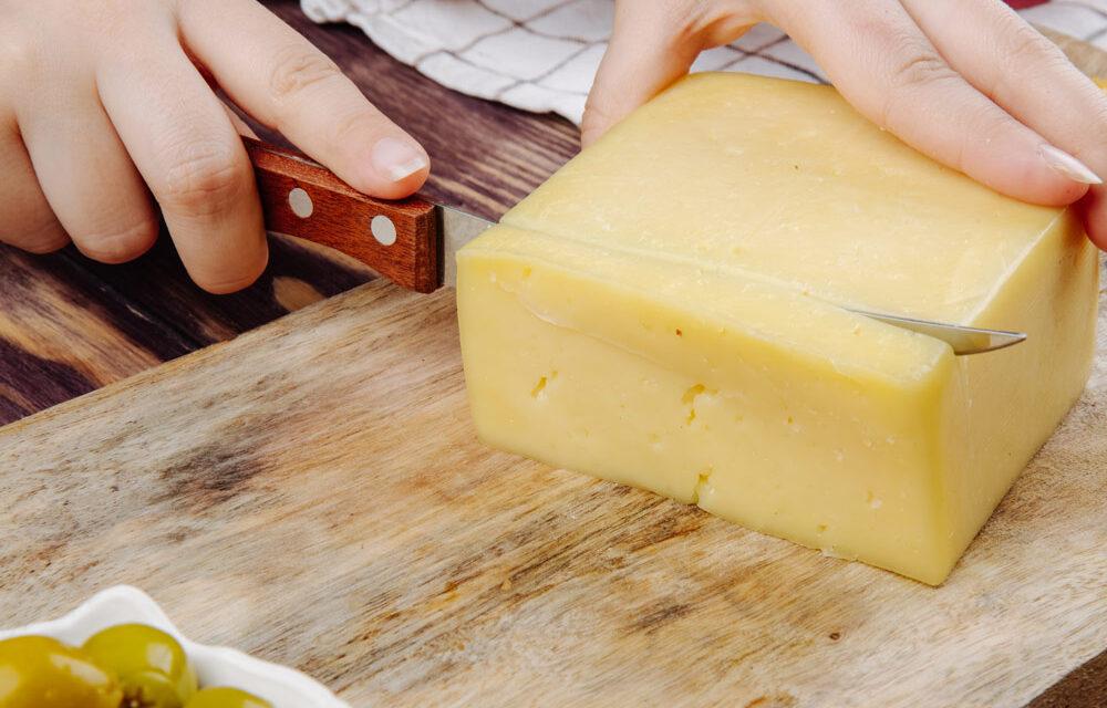 Urządzenie do raclette – coś dla wielbicieli serowych przekąsek